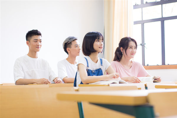 山东服装职业学院有成人高考吗?